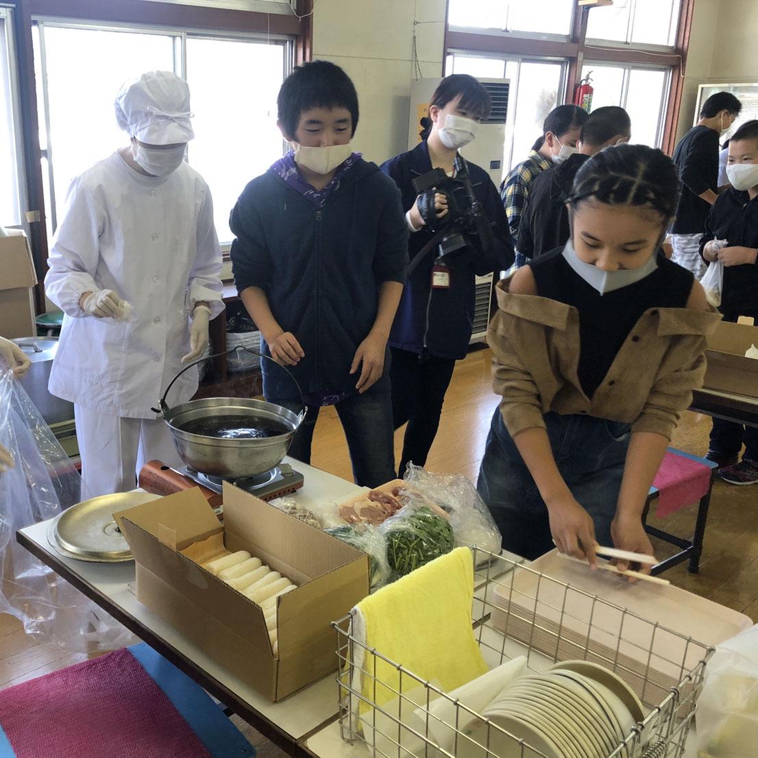 【報告】10/2(金)大館市立長木小学校のみなさんによるなべっこを開催!